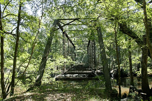 Image of Bellamy Bridge in the spring.