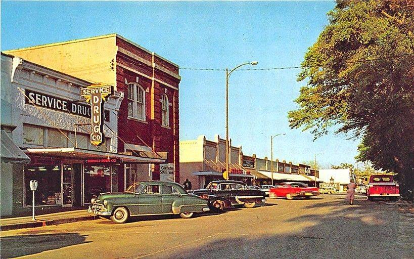 Antique image of downtown Defuniak Springs.