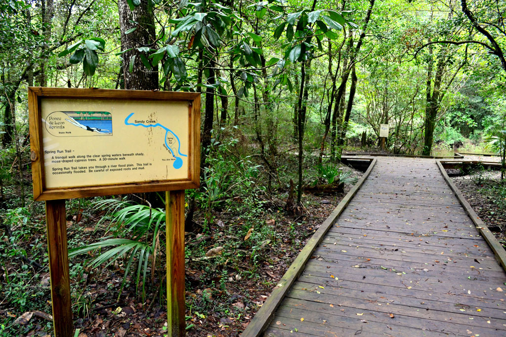 Image of a hiking trailhead in Holmes County.