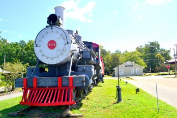 Image of the M and B Train at the Depot in Blountstown.