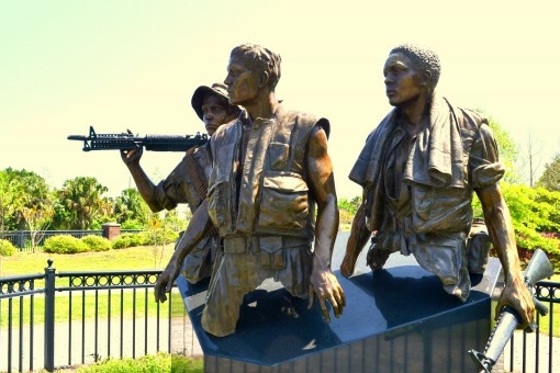 Image of the Three Servicemen Statue.